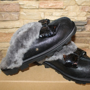 UGG COQUETTE SPARKLE BOW SLIPPERS BLACK